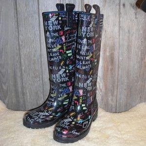 DKNY Niagara Rain Boots New York Graffiti size 6